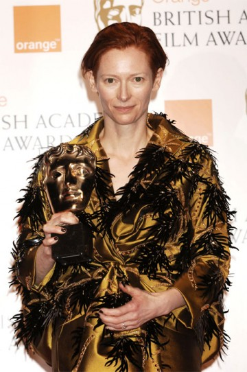 Tilda Swinton took the BAFTA for Supporting Actress for her role in Michael Clayton (pic: BAFTA / Richard Kendal)