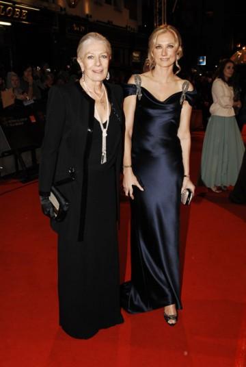 This year's Fellowship award winner Vanessa Redgrave strolls the red carpet along side Joely Richardson, both in Catherine Walker dresses (BAFTA/Richard Kendal).