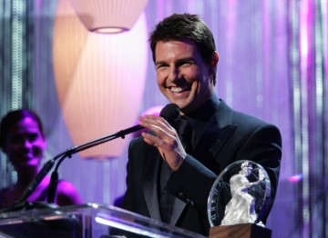 Tom Cruise receives the Stanley Kubrick Britannia Award for Excellence in Film.