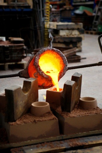 The Academy chose a bronze alloy called Phosphor Bronze (PB3) for its specific colour and tone. The alloy is heated to a temperature of 1090 degrees Celsius before being poured into moulds (BAFTA / Marc Hoberman).