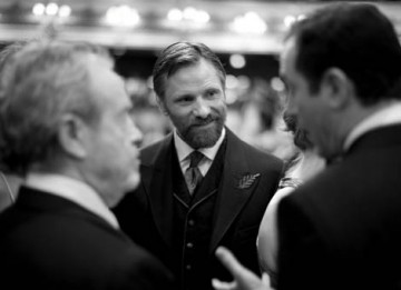 Viggo Mortensen, star of Eastern Promises, chats to guests in the Main Auditorium of the Royal Opera House (pic: Greg Williams / Art + Commerce).
