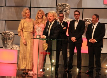 Host Leigh Francis, and team captains Holly Willoughby and Fearne Cotton are among the winning team collecting the YouTube Audience Award, voted for by the public.