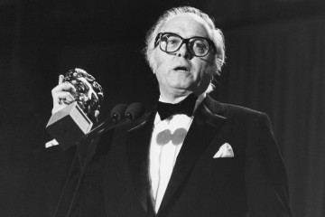 Richard Attenborough accepts a BAFTA for Best Director at the British Academy Film Awards in 1983 for Gandhi. The film also won BAFTAs for Outstanding Newcomer, Actor, Supporting Actress and Best Film (1983)