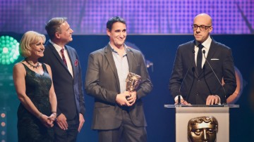 Swashbuckle collects the BAFTA for Pre-School Animation at the British Academy Children's Awards in 2015