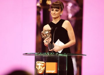 Penelope Cruz collects her first career BAFTA for her Supporting Actress role in Woody Allen's Vicky Cristina Barcelona (BAFTA / Marc Hoberman).