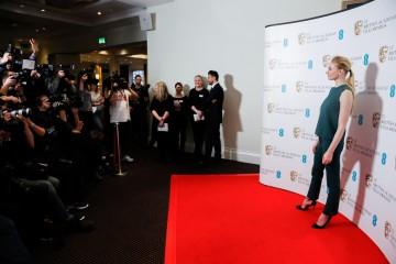 Sophie Turner has her photograph taken