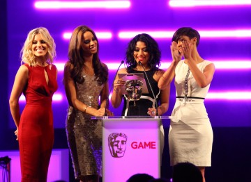 The Saturdays (minus Una Healy) present the BAFTA for Performer.