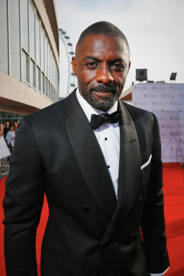 Idris Elba arrives on the red carpet