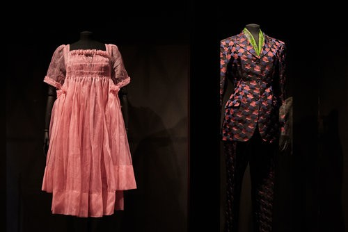 Event: Documentation of BAFTA Piccadilly Exhibition Date: Monday 20 October 2019Venue: BAFTA Piccadilly-Exhibit: Dressed to Kill (Killing Eve)Acknowledgments: Costumes courtesy private collection and Sid Gentle Films LtdStills from Killing Eve, Ser