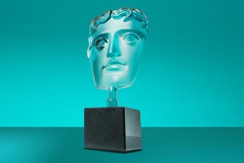 EE Rising Star Award - Mask