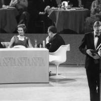 David Attenborough, winner of the Desmond Davis Award with Richard Attenborough in 1971.