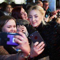 Saoirse Ronan poses for a selfie