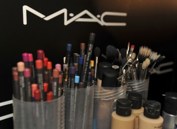 MAC is the official make-up partner for the Arqiva British Academy Television Awards & sponsor of the Make Up & Hair Design category at the British Academy Television Awards.