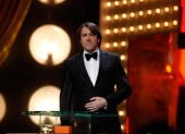 Jonathan Ross makes his opening speech as host of this year's Orange British Academy Film Awards (BAFTA/Brian Ritchie).