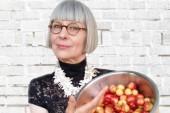 Lois Burwell: Face Off