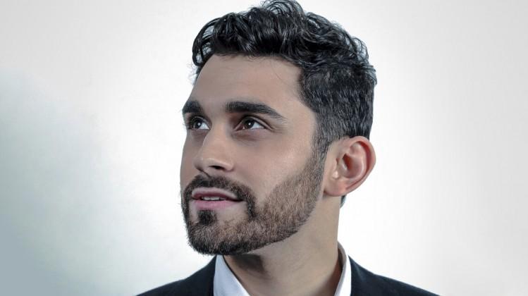 Aleem Khan website