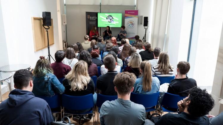 Event: Career Close-Up on Cinematography with Ula PontikosDate: Saturday 23 June 2018Venue: Edinburgh Festival Hall