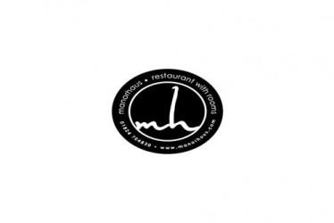 manorhaus logo